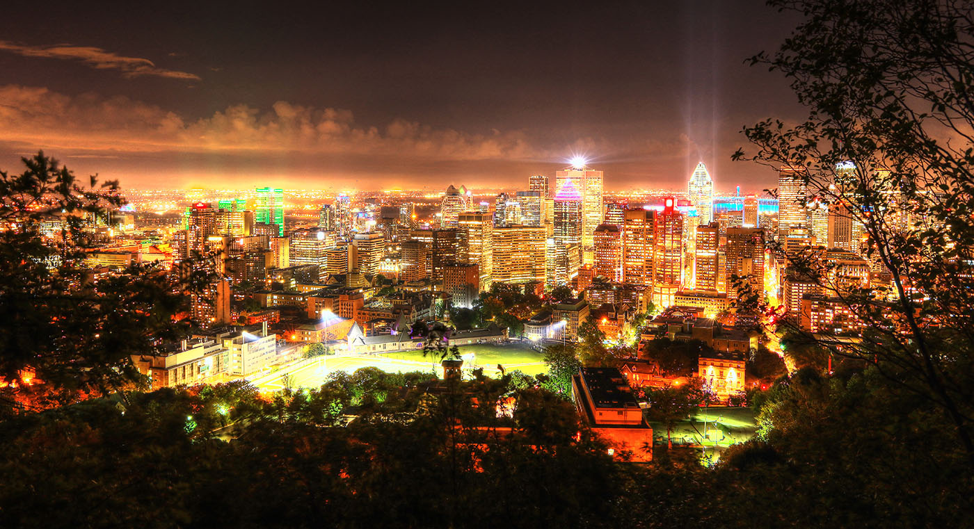 2020 Montreal City Sight at Night from the Mount Royal Hiking Trails - Stock Photos, Pictures & Images